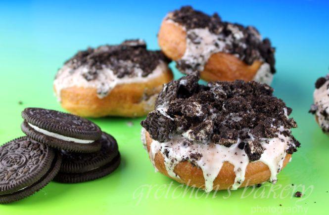 Vegan Oreo Cookies And Cream Donuts Gretchen S Vegan Bakery Recipe Vegan Bakery Vegan Dessert Recipes Cookies And Cream
