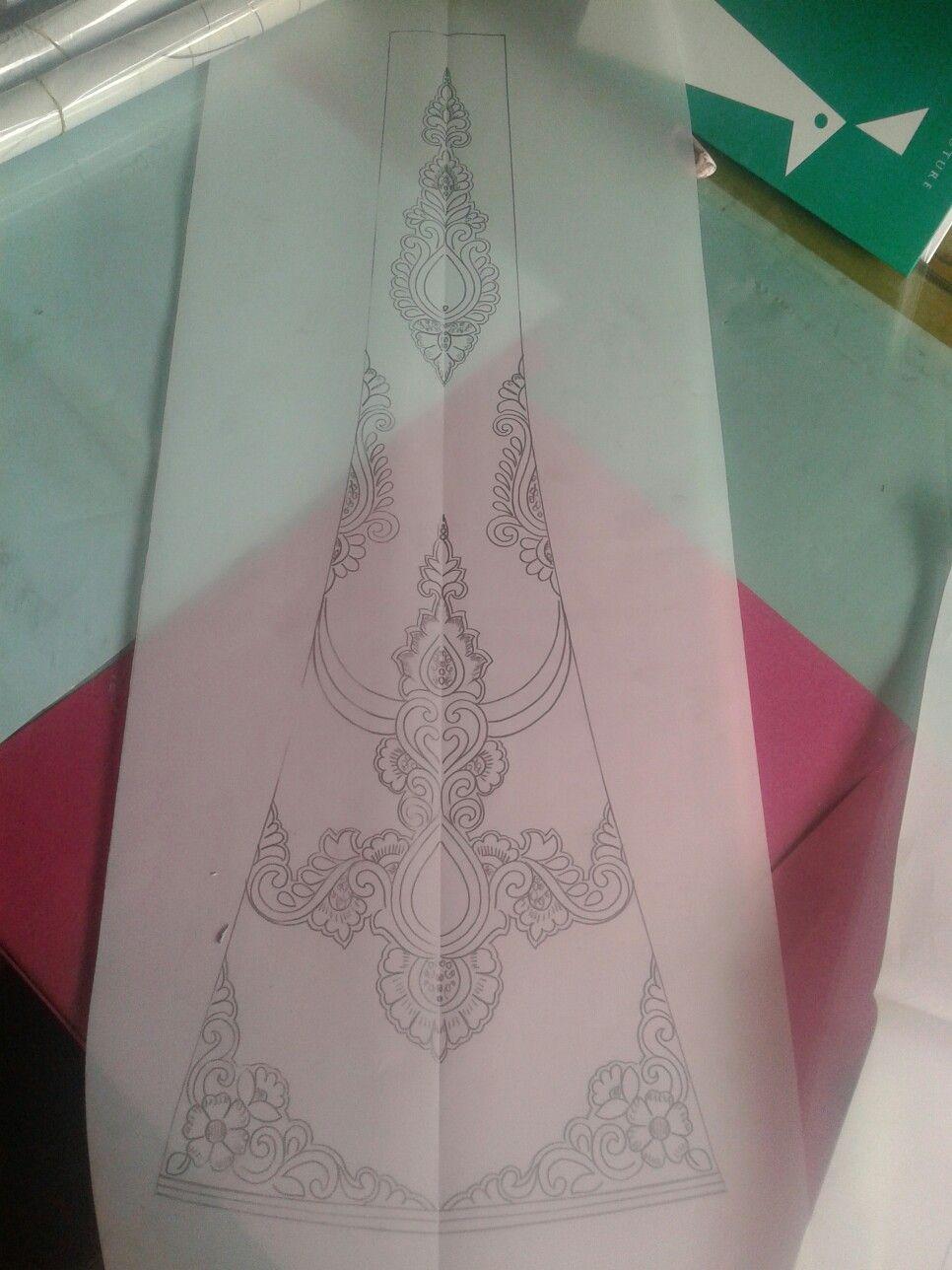 Pin de Najwa Elmatlouai en Couture   Pinterest   Dibujos de diseño ...