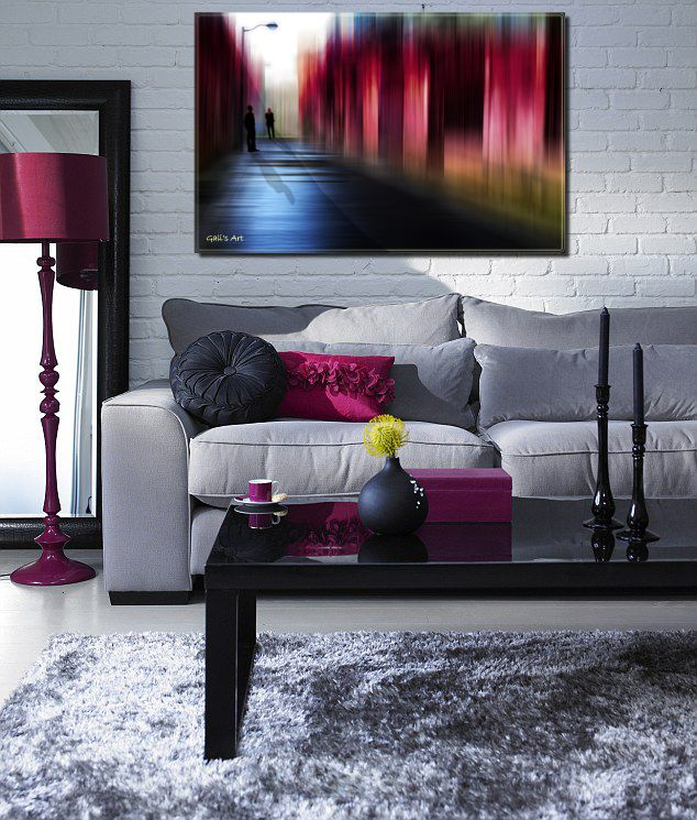 Hagara living room with grey and magenta my art for Decoracion hogar gotica