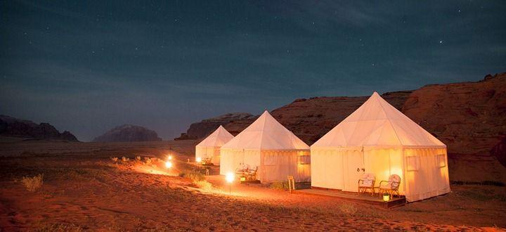 camping at wadi rum jordan
