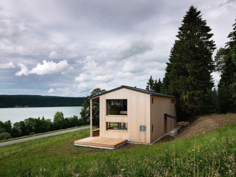 Maison MW dans la Vallée de Joux en Suisse par Ralph Germann