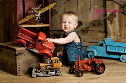 Nine Month Baby Photography Props Crate Box Old Toys Truck