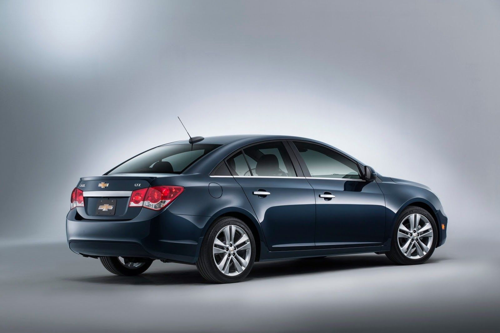2015 chevrolet cruze cool wallpapers http carwallspaper com 2015