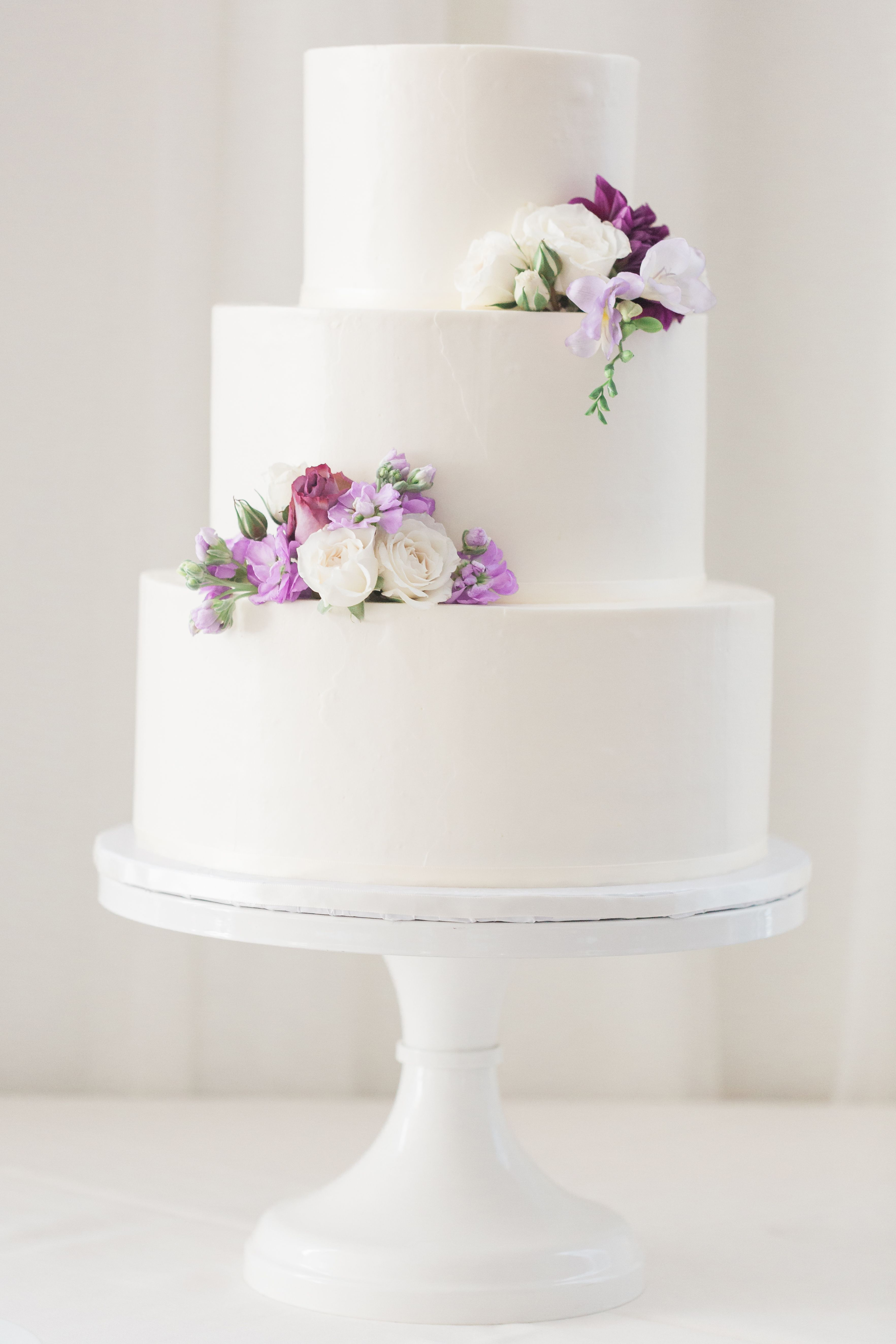 The Smarter Way To Wed Cool Wedding Cakes Purple Wedding Cakes