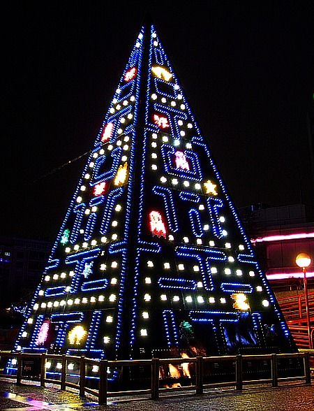 10 Of The Geekiest Christmas Trees | Classic video games, Classic ...