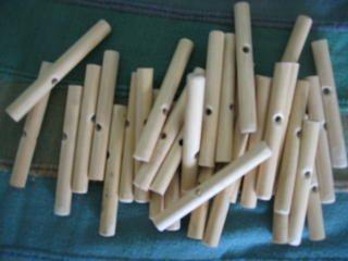 How To Make Your Own Peg Loom Peg Loom Pinterest Peg Loom