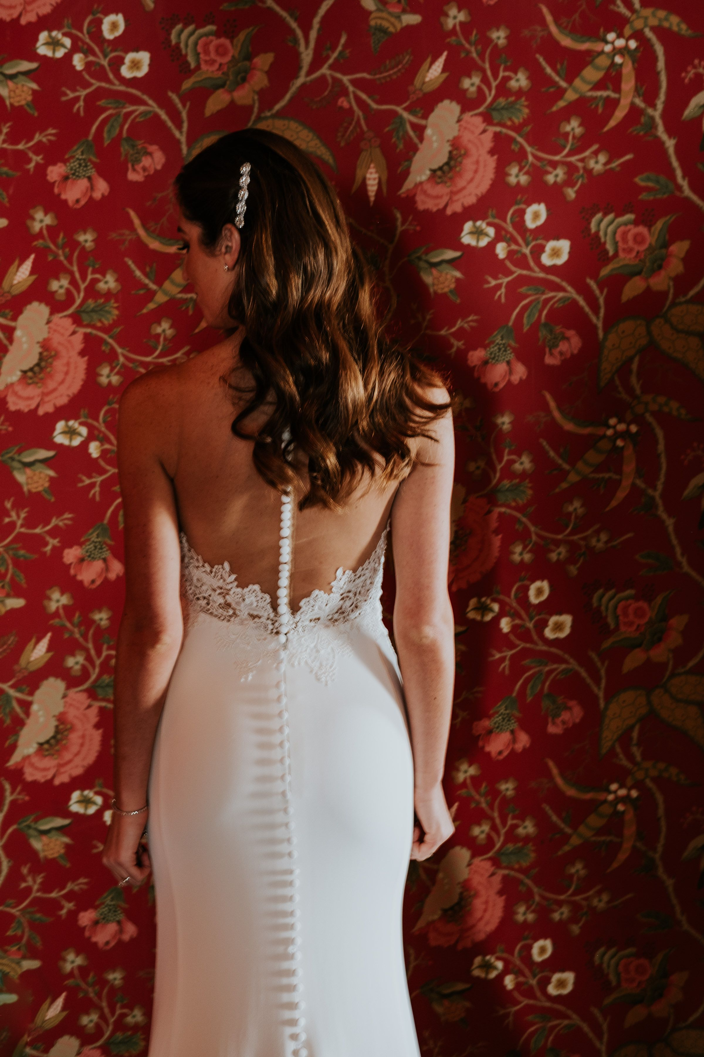Elegant bride at Liberty Warehouse in Brooklyn NY; Vintage bride; Martina Liana bride; PHOTOGRAPHY Joel + Justyna Bedford