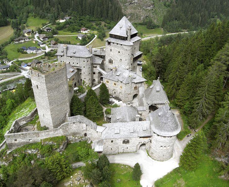 Finstergrun Castle Castillos Fortificaciones Palacios