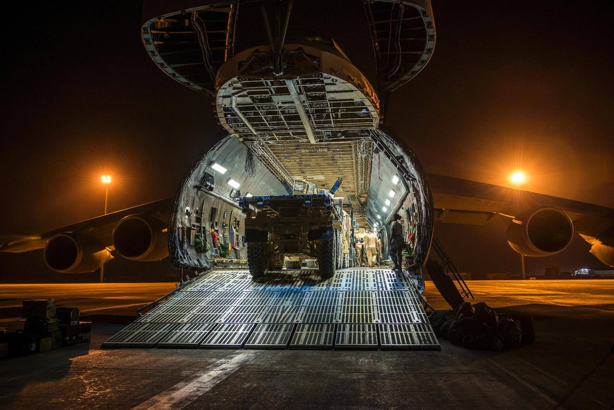 The difference between a loadmaster and an Air