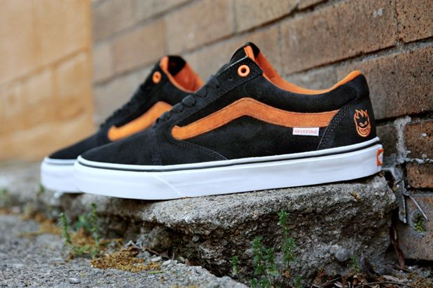 ec8f5b59594cbe Spitfire x Vans TNT 5  sneakers  shoes