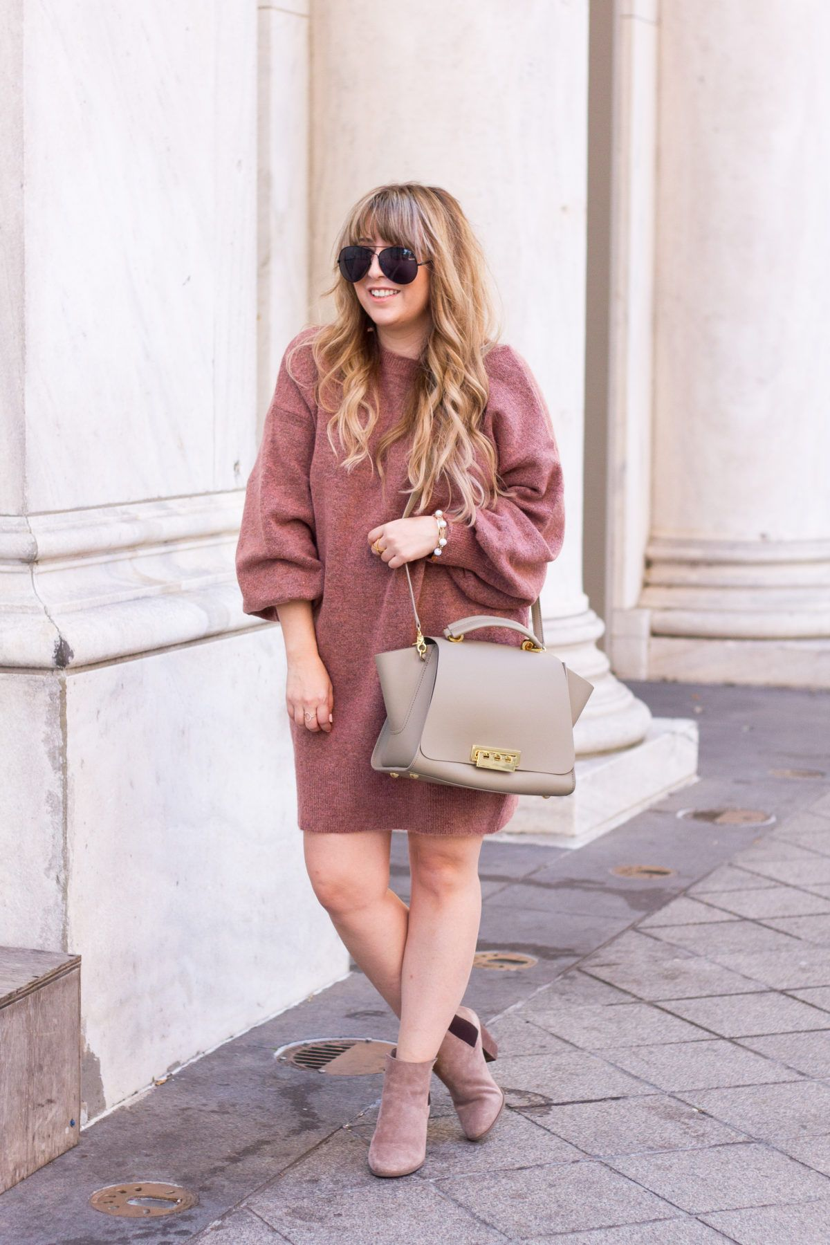 7bc656c011 Miami fashion blogger Stephanie Pernas styles a Topshop sweater dress