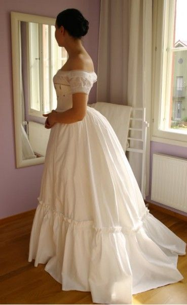 Early Bustle 1870s Silhouette by Merja - The Aristocat