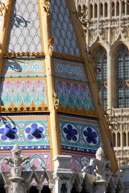 Victoria monument, Westminster, London | England | Pinterest ...