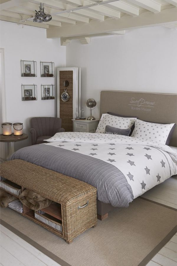 riviera maison riviera maison starry night light grey dekbedovertrek 39 riviera maison 39 passie. Black Bedroom Furniture Sets. Home Design Ideas