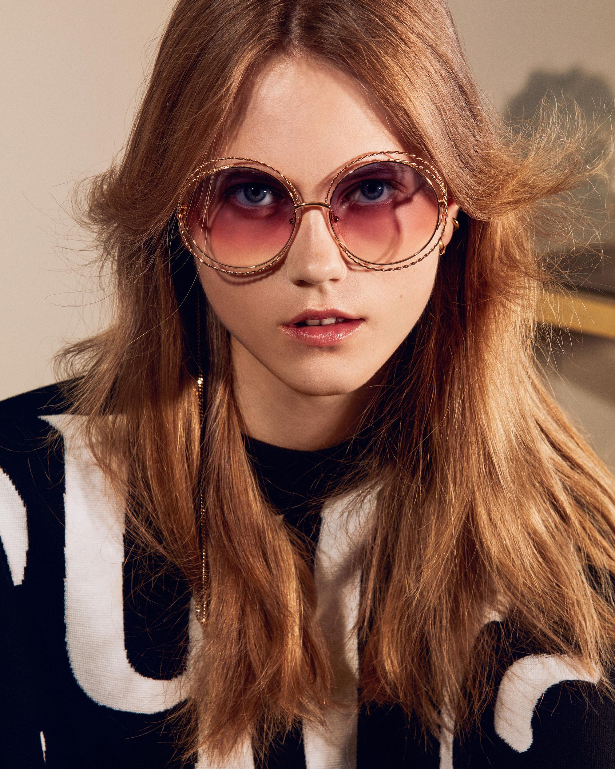 a26f2c10dcaf Carlina fever. Find the perfect pair of sunglasses on chloe.com #chloeGIRLS