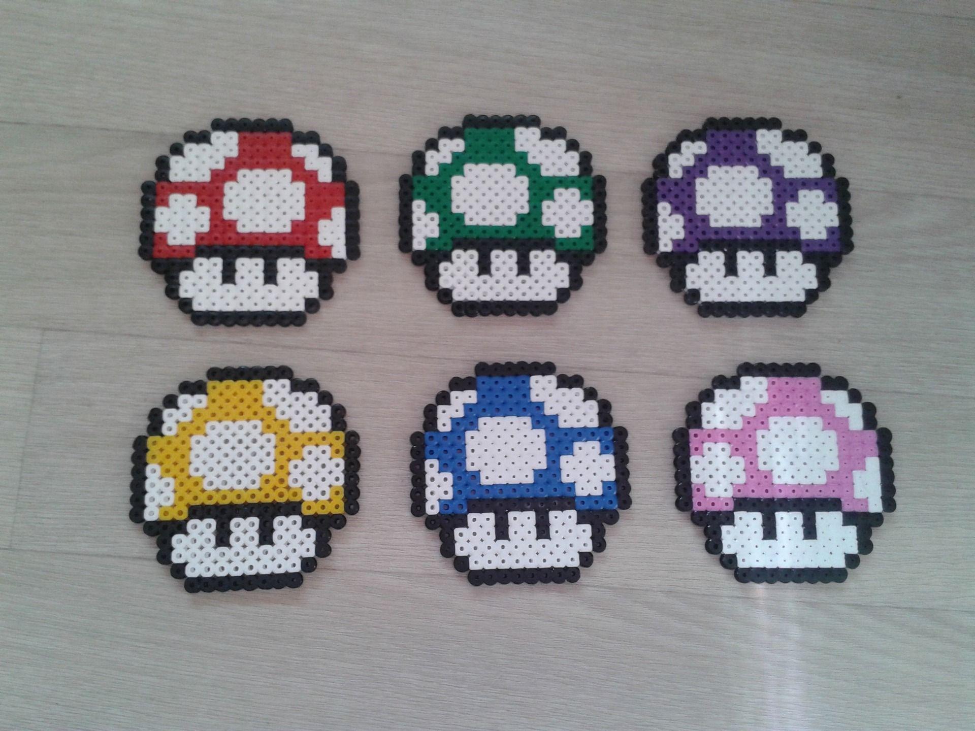 Lot de 6 dessous de verre champignon Mario en perle Hama | Perles hama, Perle hama mario et ...