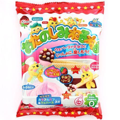 Neruneru strawberry chcocolate wafer Popin' Cookin' DIY candy Kracie Japan