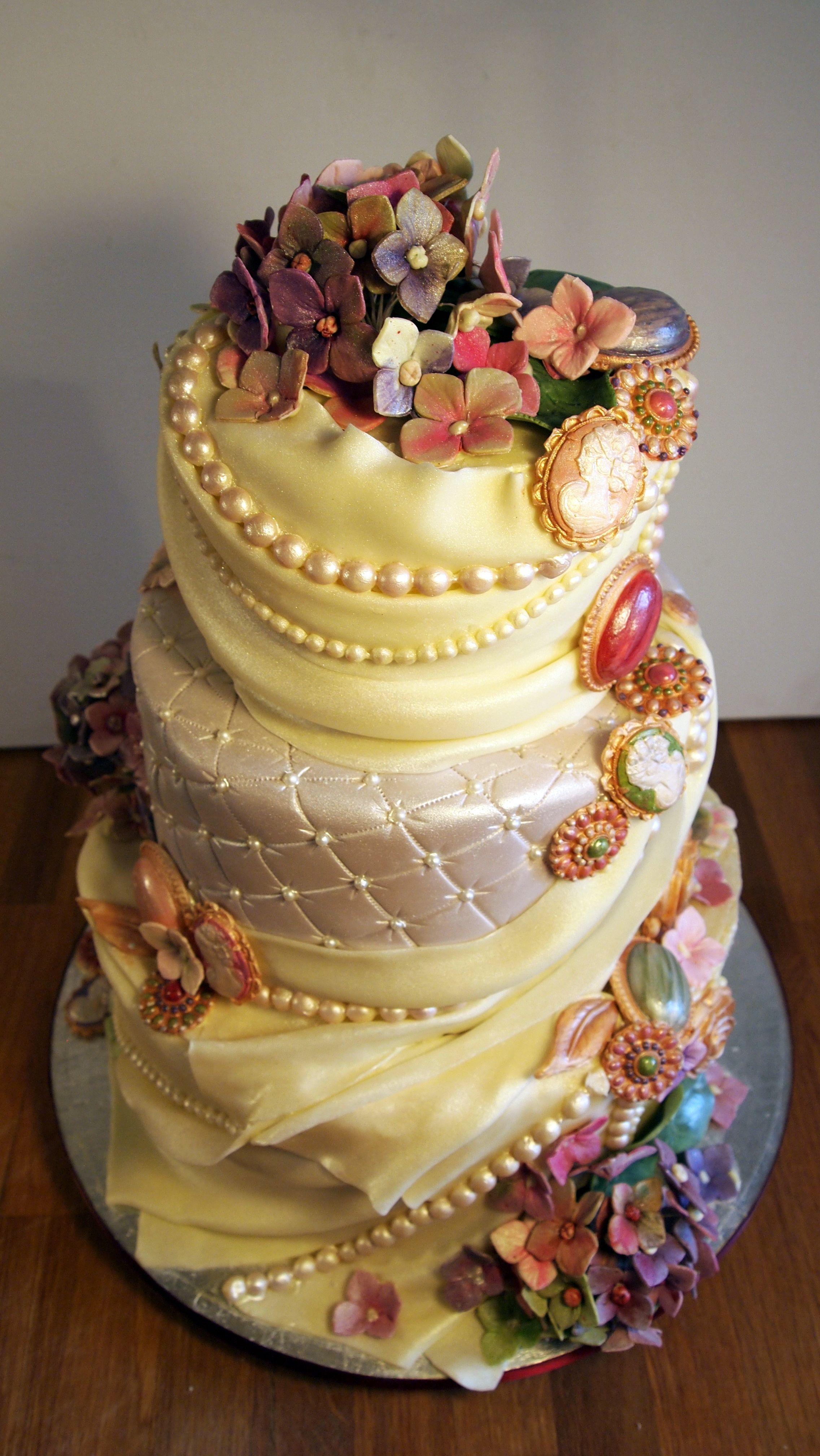 chocolate wedding cake | Cakes and Cupcakes | Pinterest | Wedding ...