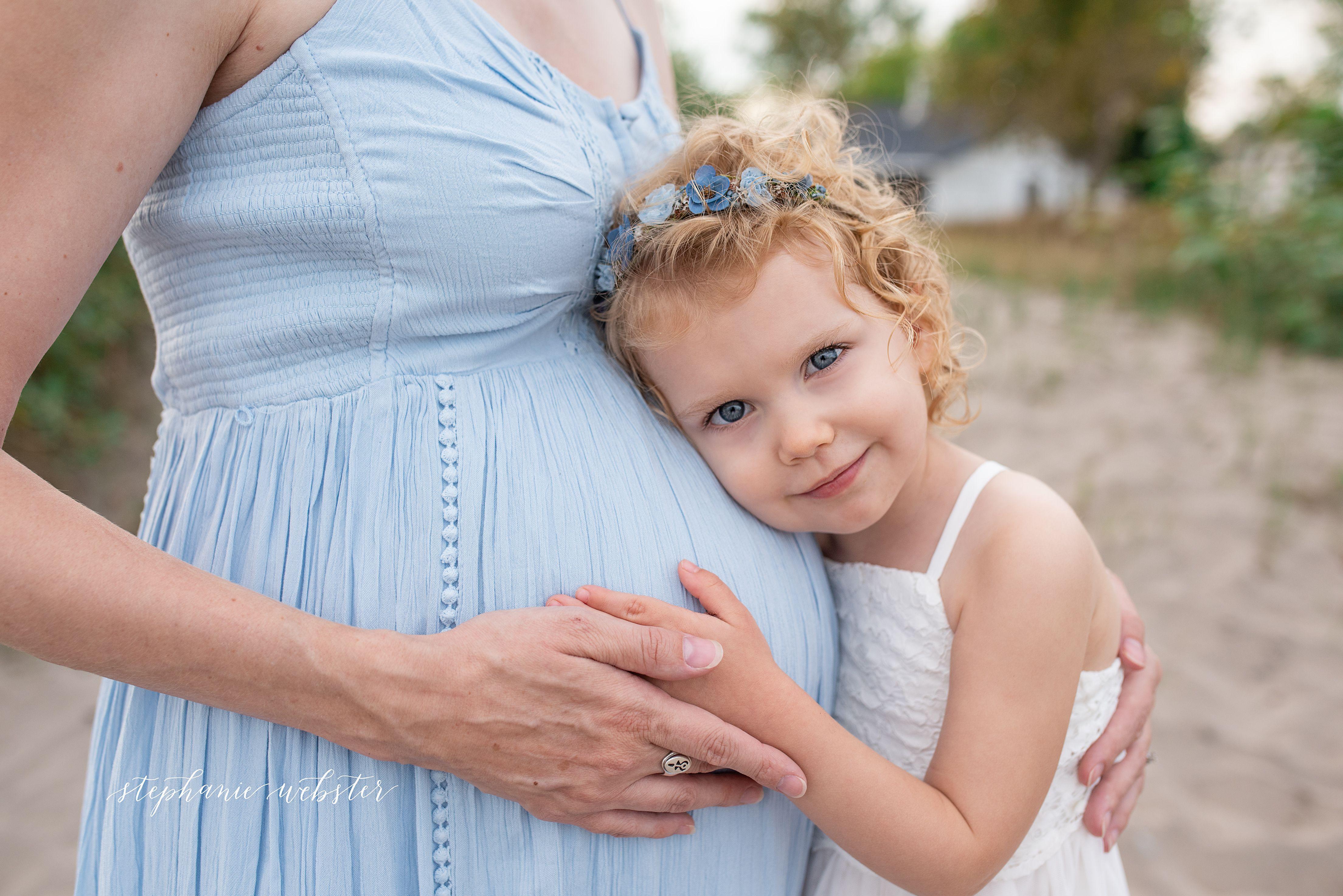 Naomis a big sister soon maternity photography durham region