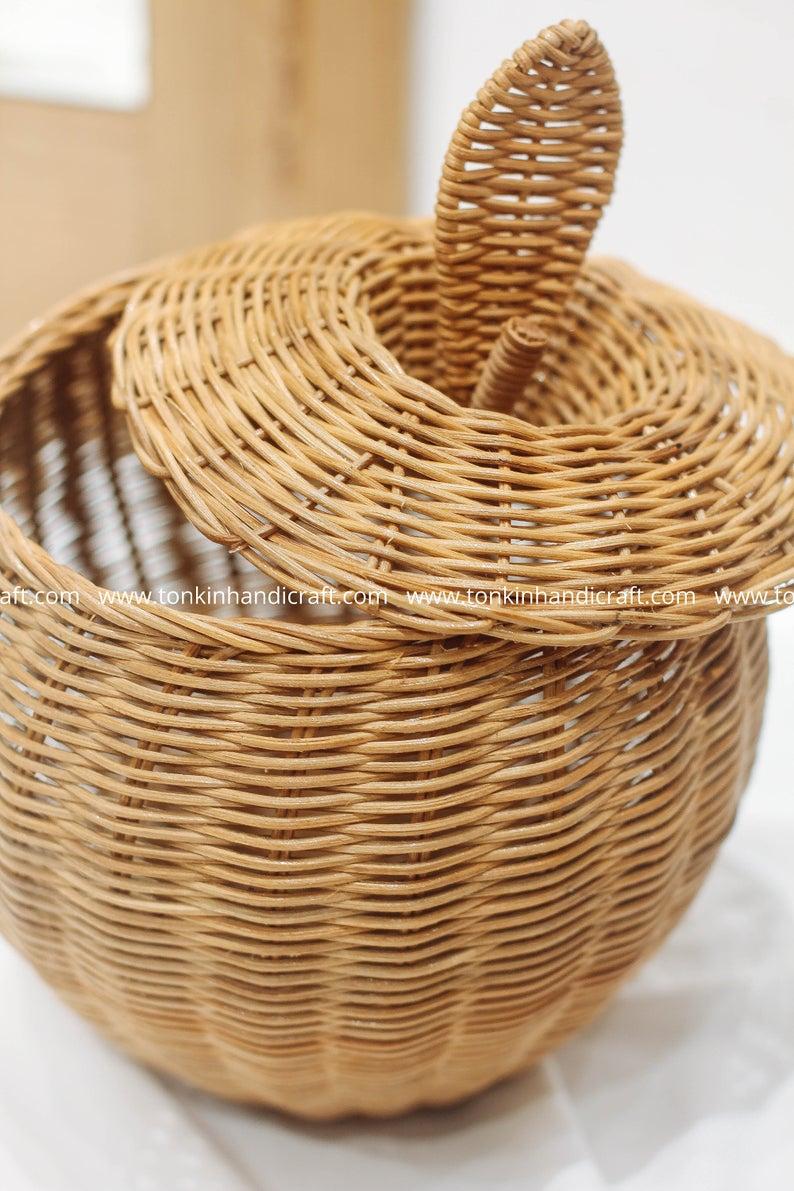 Apple Woven Rattan Round Decorative Fruit Baskets Display Etsy In 2020 Wicker Baskets Storage Woven Baskets Storage Seagrass Storage Baskets