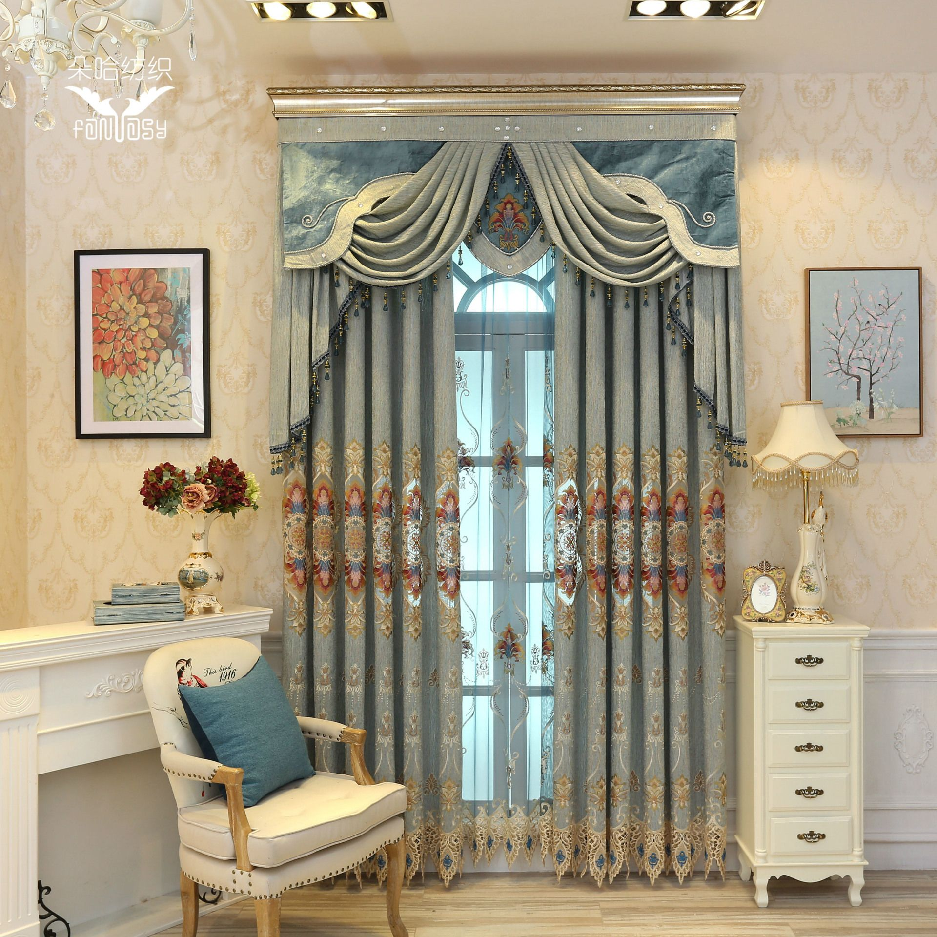 New upmarket european style embroidered chenille blackout curtains