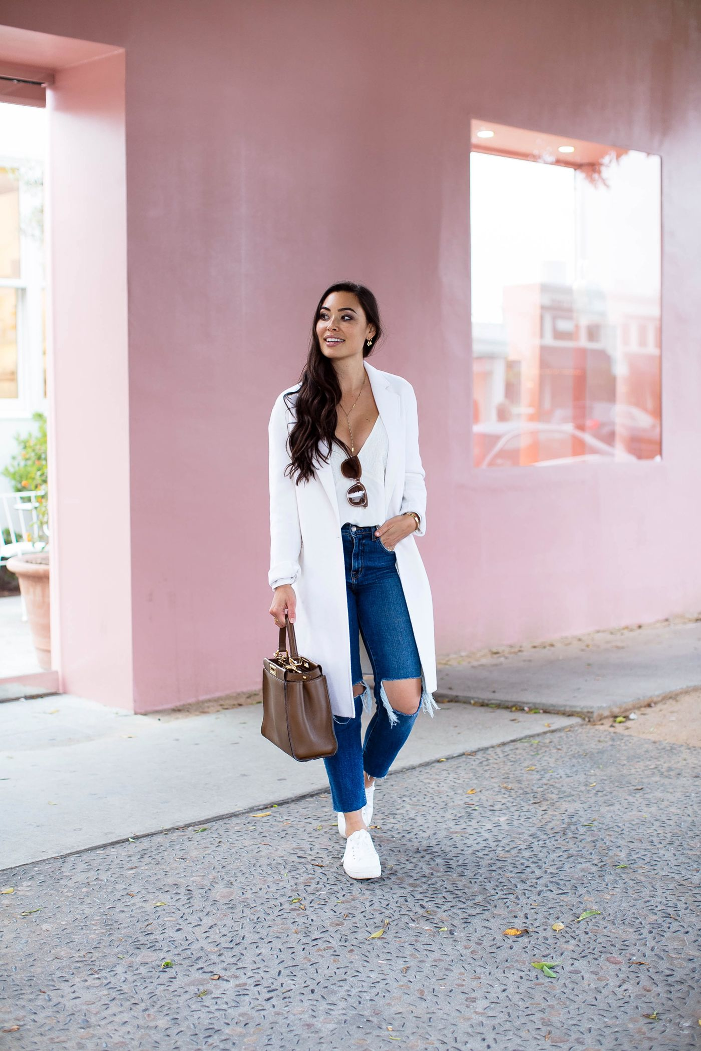 Spring Travel Style: The Perfect Spring Outfit For Traveling
