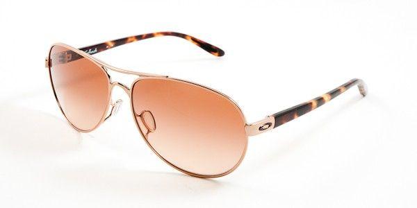 92e4873622 Oakley Feedback Sunglasses - Rose Gold   VR50 Brown Gradient ...
