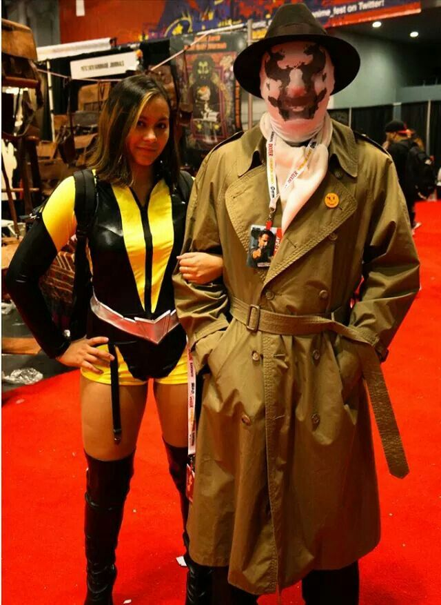 Silk Spectre and Rorschach Cosplay - Mary Paran & Mike Vila