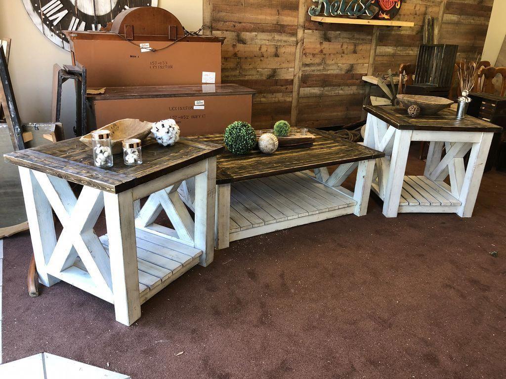 Simple And Beauty Farmhouse Table Décor Ideas 31
