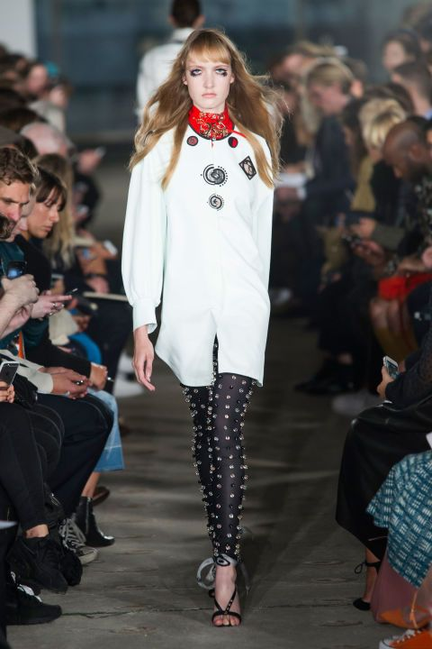 The Best Looks From London Fashion Week Spring 2016 Fashion Fashion Week London Fashion Week
