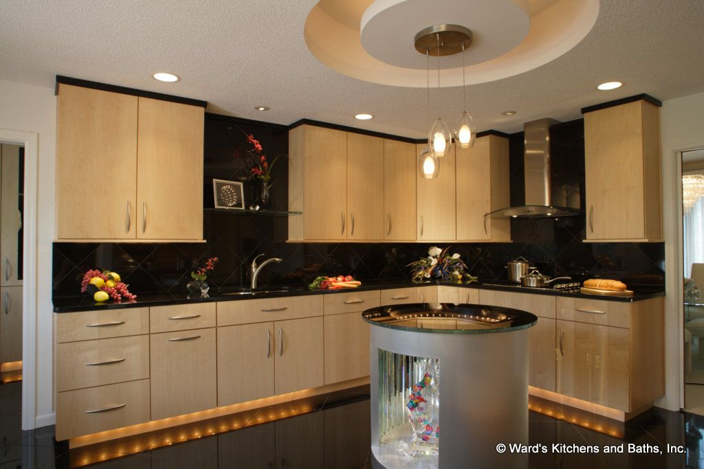 Natural maple kitchen with black granite floors and ... on Natural Maple Cabinets With Black Granite Countertops  id=42604