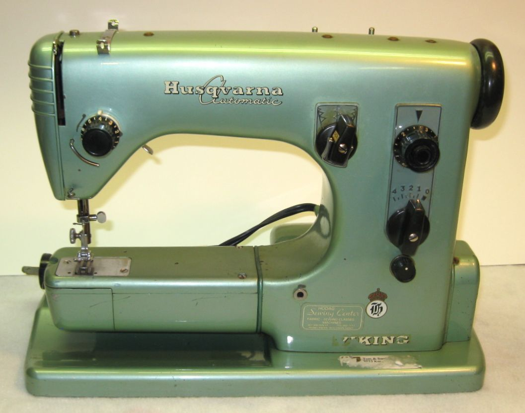 1959 Viking Husqvarna Automatic CI-21A Sewing Machine. A collectable  machine coveted by those who own them.