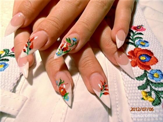 Kalocsai Nails:)))