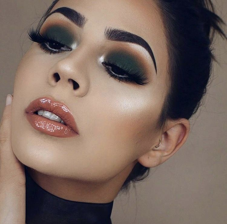 Jenai Lashes -   13 evening makeup 2018 ideas