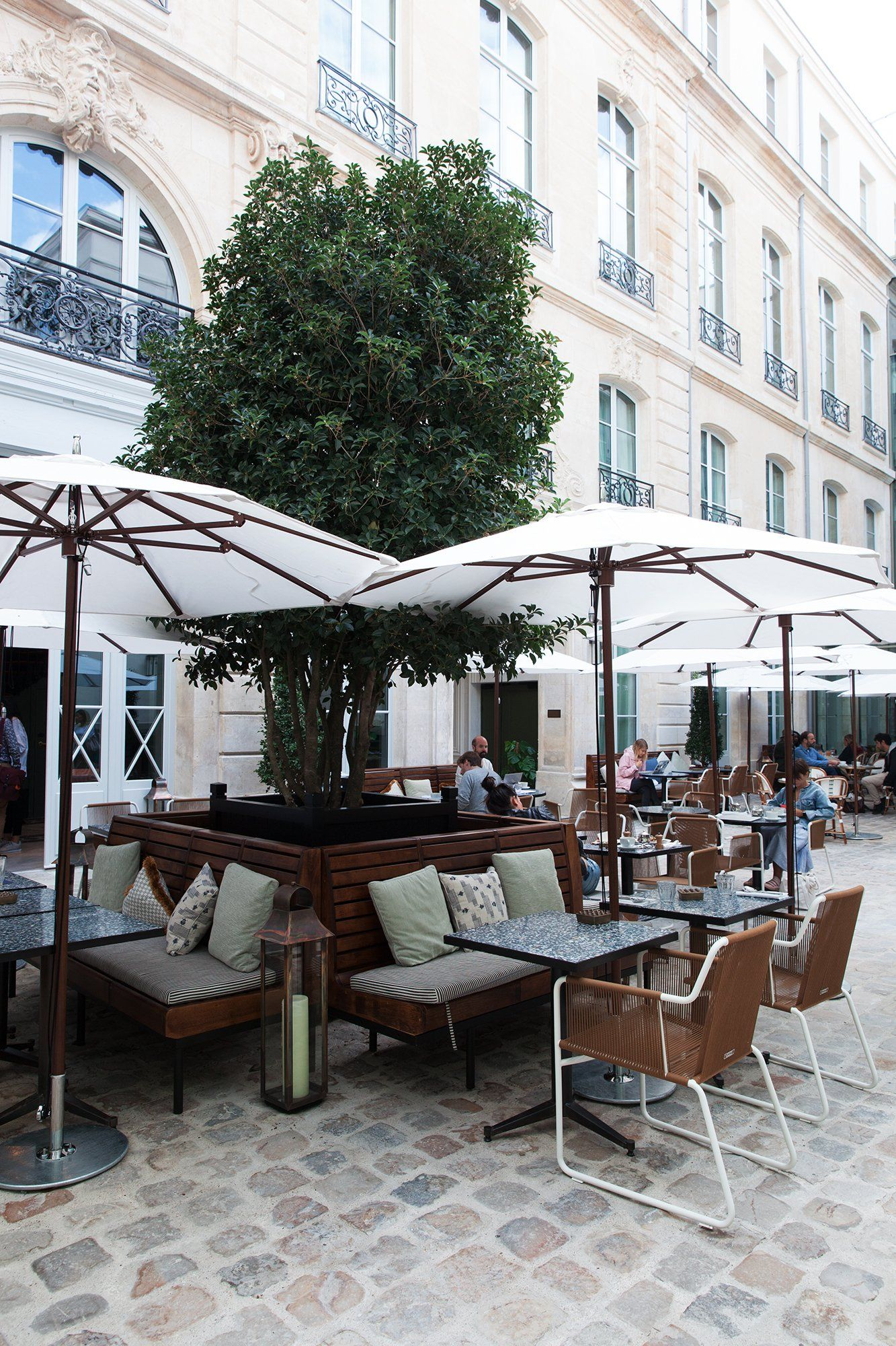 Terrasse Hotel Paris The Hoxton The Hotel But Differently In 2019 Restaurants
