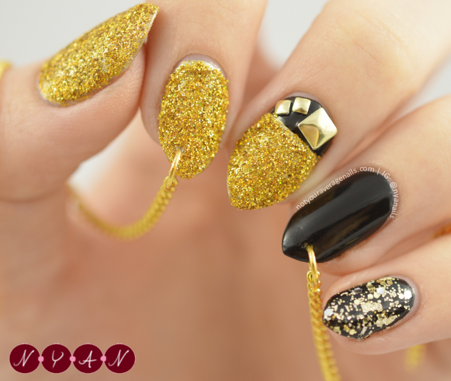 #NAFW2015 Day Seven: Fall 2015 Runway Nail Art And with that Nail Art Fashion Week comes to an end! I wanted to end with a bang so for this challenge I decided to reacreate these awesome nails made by...