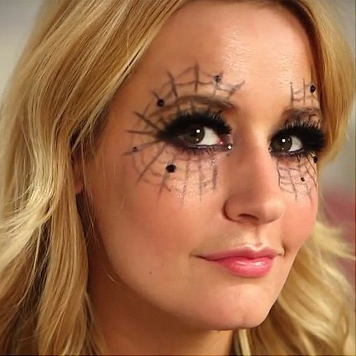 Trick or treat?10 Easy Halloween Makeup Looks to Try This Year Eye - halloween makeup ideas easy