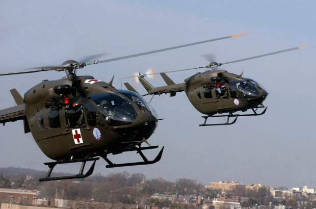 """UH-72A """"Lakota"""" is the military version of the civilian helicopter H145 Helicopters Airbus ( Eurocopter). The designation UH (Utility Helicopter) is specific to the US military. The EC-145 is, with the range H135 / 635 the new generation of helicopters of the light range of the European manufacturer."""