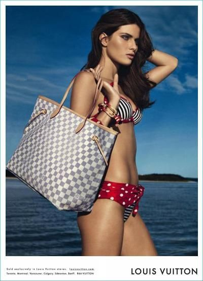 Someone could buy me a Louis Vuitton tote if they wanted to. I would definitely not argue that! Any takers?