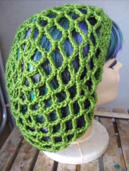 How to Crochet a Holiday Snood | Hüte, Mütze und Häkeln