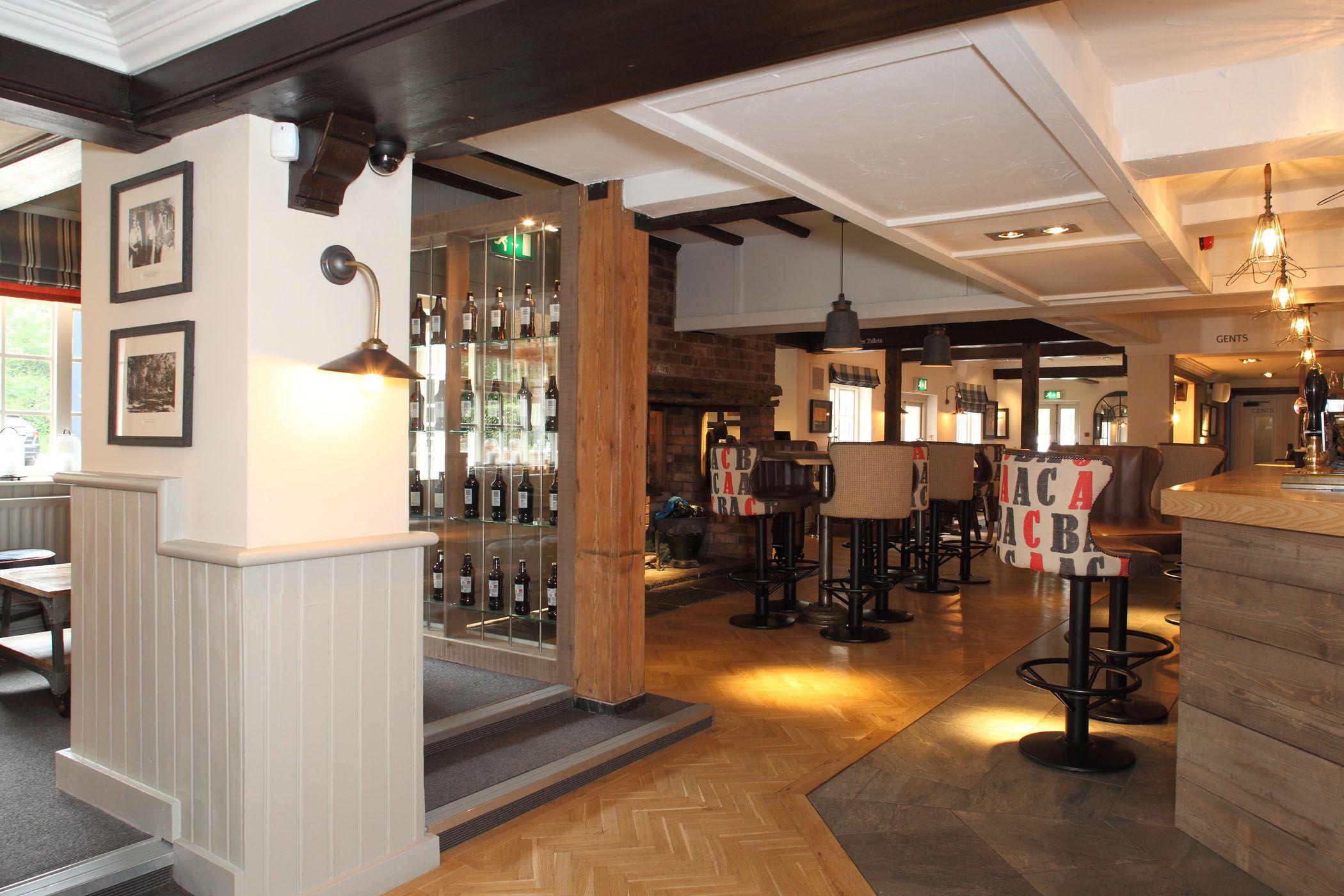 The Bulls Head Earlswood Solihull Pub Interior Gastro Pub