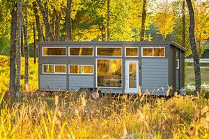 Groovy New Tiny House With Full Size Appliances Can Sleep 8