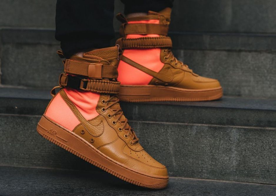 NIKE SF Air Force 1 QS DESERT OCHRE LIMITED EDITION SNEAKERS