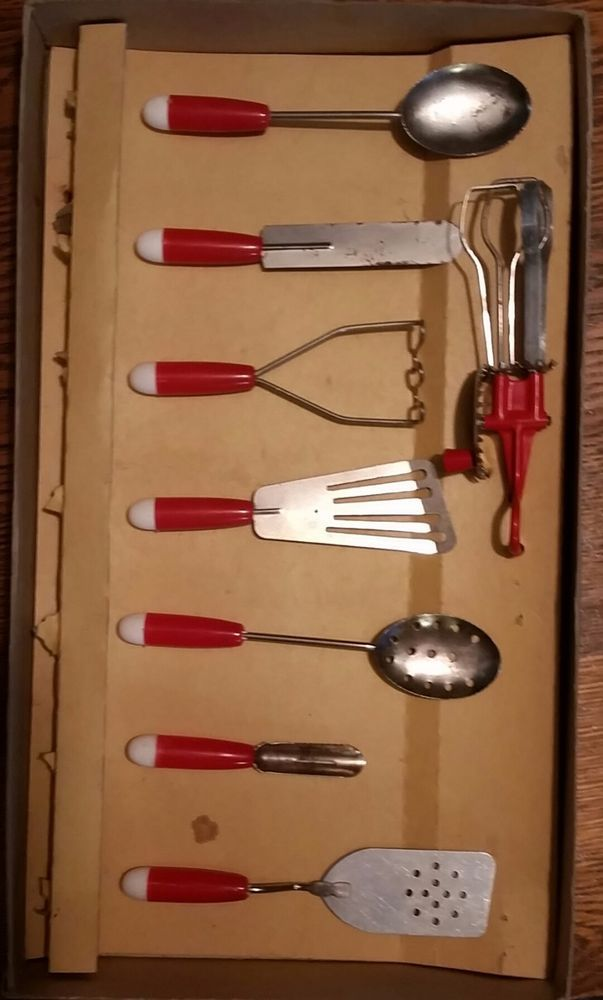 Vintage Childs Newburgh Metal New Met Small Fry Kitchen Utensil Set
