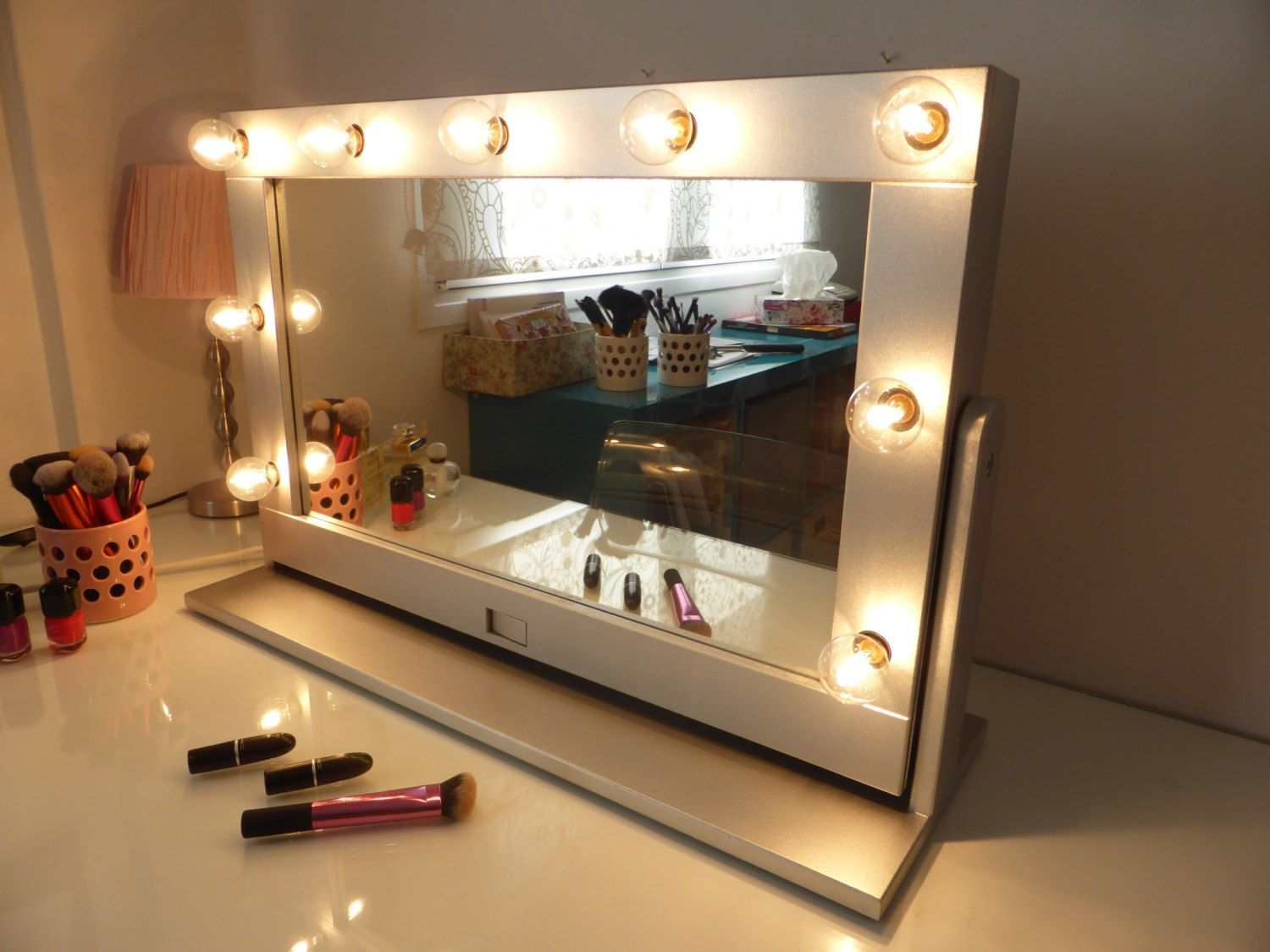 Image result for marquee vanity mirror | Apartment | Pinterest ...
