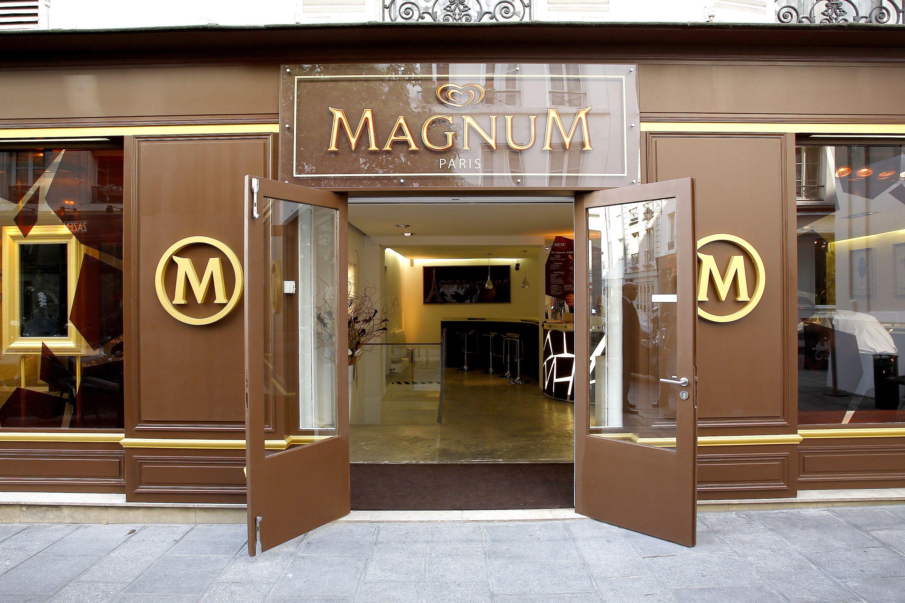 Café Magnum : un bar à glaces éphémère - Paris