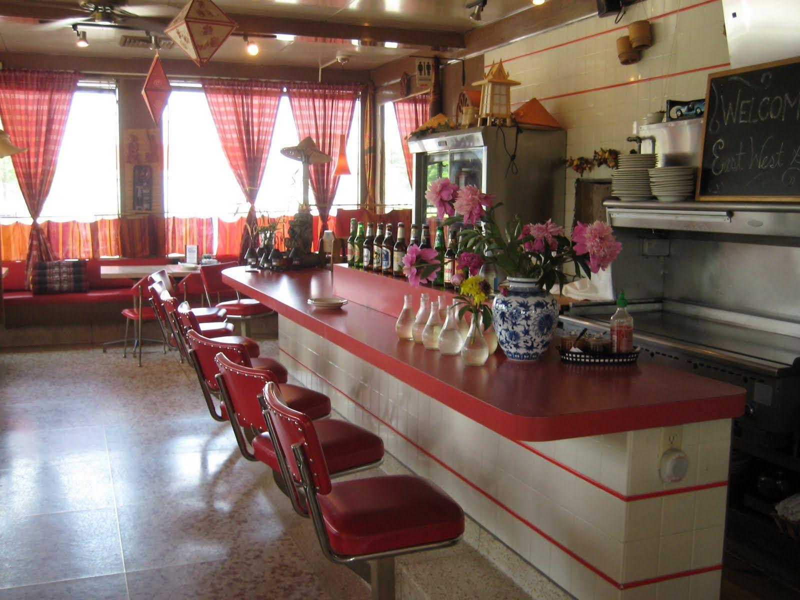 Retro Diner In West Hartford Ct Diner Decor Retro Diner Diner