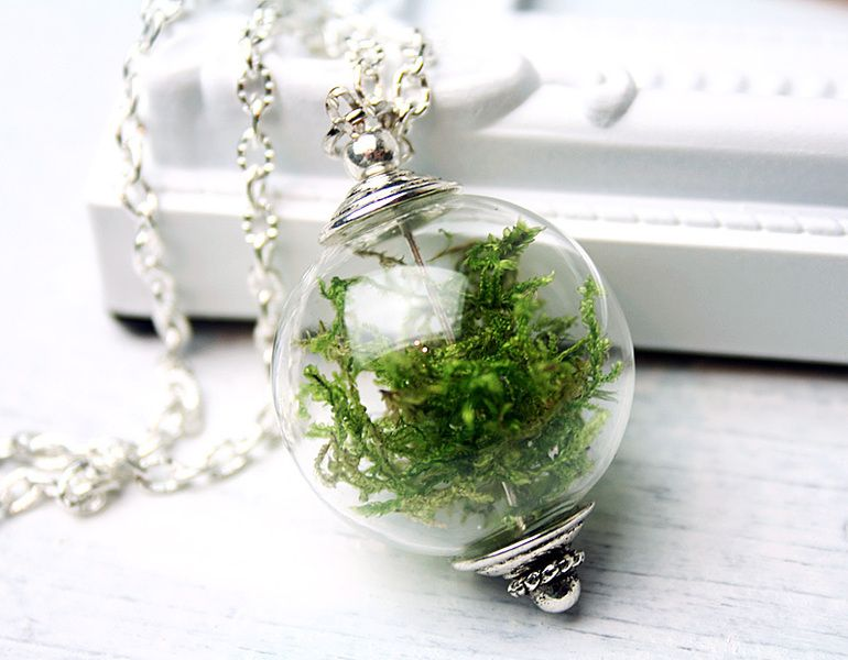 Necklace with real Moss from JanoschDesigns by DaWanda.com