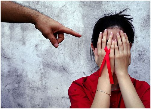 Comemora-se hoje o Dia Mundial Contra A SIDA, 96 anos após o primeiro contágio humano e, especialmenteapós a disseminaçãoà escala global no início da década de 1980, a doença continua a provocar ...