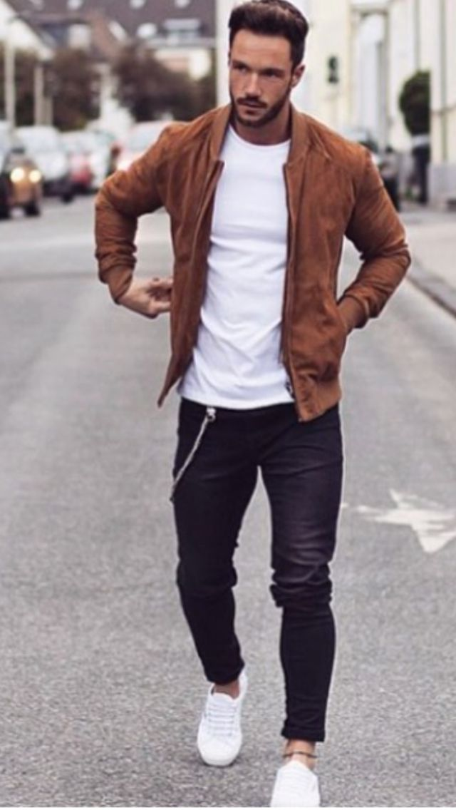 Having jeans that match the current trends is a great impact on you. Truly  torn jeans can make you look super cool. Black jeans are a staple of  clothing for ... b2ebc78668c